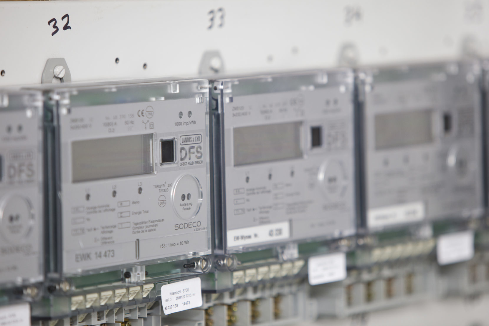 Étalonnage – Eichung – Electrosuisse