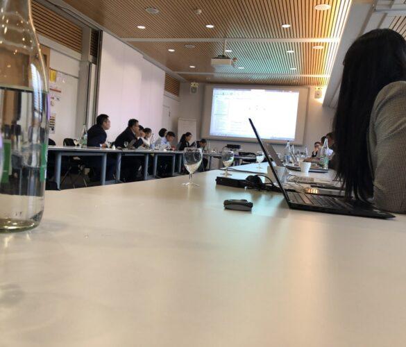 Systèmes décentralisés – une réunion de travail en Suisse